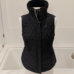 Nike vest with fur collar trim size Medium
